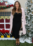 Four Seasons Photo - BEVERLY HILLS LOS ANGELES CA USA - DECEMBER 09 Actress Sofia Vergara arrives at the Brooks Brothers Annual Holiday Celebration In Los Angeles To Benefit St Jude 2018 held at the Beverly Wilshire Four Seasons Hotel on December 9 2018 in Beverly Hills Los Angeles California United States (Photo by Xavier CollinImage Press Agency)