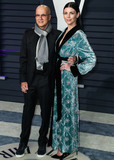 Jimmy Iovine Photo - BEVERLY HILLS LOS ANGELES CA USA - FEBRUARY 24 Jimmy Iovine and wifemodel Liberty Ross arrive at the 2019 Vanity Fair Oscar Party held at the Wallis Annenberg Center for the Performing Arts on February 24 2019 in Beverly Hills Los Angeles California United States (Photo by Xavier CollinImage Press Agency)