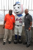 Ozzie Smith Photo - Mookie Wilsonmr Metozzie Smith at Empire State Building to Ceremony the Officially Light the Towers Lights Blue and Orange to Commemorate the Start of Mlb All-star and 86th Floor Observatory 7-12-2013 John BarrettGlobe Photos