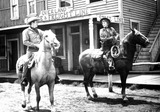 Barbara Stanwyck Photo - Cattle Queen of Montana Ronald Reagan with Barbara Stanwyck Photo Supplied by Globe Photos Tvfilm Still