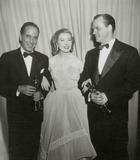 Karl Malden Photo - Humphrey Bogart Greer Garson Karl Malden Academy Awards 1952 Photo Nate CutlerGlobe Photos Inc