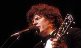 Don Everly Photo - 1987 Don Everly of the Everly Brothers Photo by Len BergerGlobe Photos