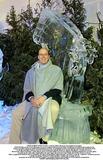 Albert de Monaco Photo - VISITE ALBERT EXPO GLACELe prince Albert dcouvre les sculptures de glaceTEXTVisite prive et fort dtendue hier en fin daprs-midi du prince Albert de Monaco au festival des sculptures de neige et de glace devant le palais des Expositions de Nice Accompagn de deux ravissantes cousines de la branche Kelly et de son ami Mike Powers le prince sest longuement attard devant la galerie des glaces a clat de rire en dcouvrant Marie-Antoinette prise dans le givre et na pas rsist  lenvie de sasseoir quelques instants sur un trne glac Conduit par M Jaap Cast organisateur de cette vague de froid tout  fait indite sur la Cte dAzur le prince Albert a galement bavard avec un sculpteur sur glace de Beausoleil Mario Amegee qui tait en train de restaurer certaines uvres Lartiste a expliqu comment il fallait solidifier chaque jour la neige qui a la proprit de fondre plus vite que la glace Un travail minutieux qui a laiss le Prince pantois dadmirationCREDIT IMAPRESSGLOBE PHOTOS INC
