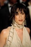 Alanis Morisette Photo - 2004 Cannes Film Festival Photo by Roger HarveyGlobe Photosinc Alanis Morisette