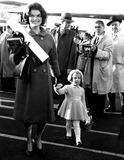 Jacqueline Kennedy Onassis Photo - Jacqueline Kennedy and Her Daughter Caroline Globe Photos Inc Jacquelinekennedyonassisobit