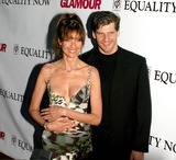 Alexi Yashin Photo - Glamour Party to Benefit Equality Now Plaid 76 East 12th Streetnew York City Photo Rick Mackler  Rangefinders  Globe Photos Inc 2003 Alexi Yashin and Carol Alt 0908