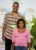 Tinker Bell Photo - Rick Fox Daughter Ex Basketball Player Picnic-in-the-park Premiere of Tinkerbell La Cienega Park Beverly Hills 08-28-2010 Graham Whitby Boot-allstar - Globe Photos Inc