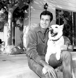 Hugh OBrian Photo - Hugh Obrian Recovering at Home From an Illness Poses with His Prize Dog 1960s Supplied by Globe Photos Inc