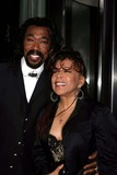Ashford  Simpson Photo - the Museum of Modern Art Honors Joan Tisch and Sarah Jessica Parker at the 38th Annual Party in the Garden-outside Arrivals Moma  New York City 06-06-2006 Photo by Paul Schmulbach-Globe Photos Nick Ashford and Valerie Simpson