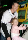 Kris Benson Photo - New York Mets at the Espn Zone Restaurant in Times Square New York City 1-28-2005 Photo Bybarry Talesnick-ipol-Globe Photos Inc 2005 Kris Benson