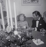 Lana Turner Photo - Robert Taylor and Lana Turner Photo Globe Photos Inc