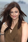 Aishwarya Ray Photo - Actress Aishwarya Rai Bachchan Poses For Photos at the 64th Cannes International Film Festival at Hotel Majestic Pier in Cannes France on 13 May 2011 photo Alec Michael - Globe Phiotos Inc 2011