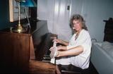 Betty Thomas Photo - Betty Thomas Supplied by Globe Photos Inc